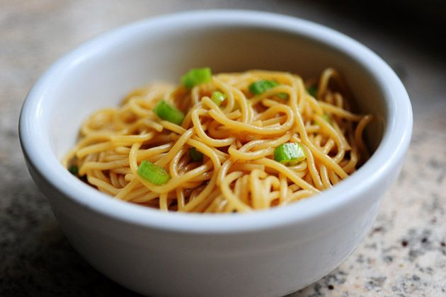 i think i may never order in chinese food again. simple sesame noodles.