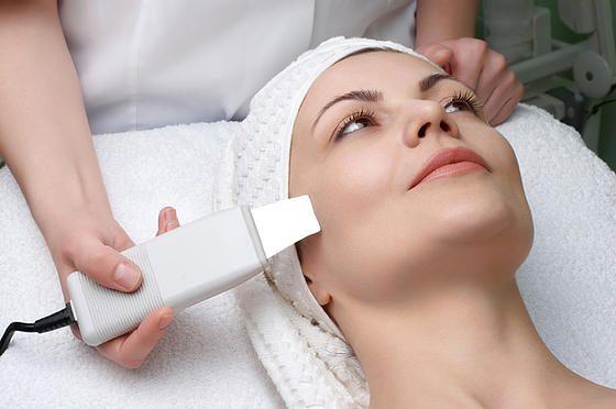 gezichtsbehandeling: microdermabrasie en ultrasound