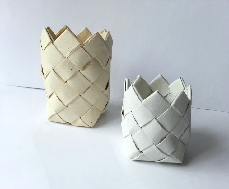 Diy Paper Basket • Free tutorial with pictures on how to make a paper bowl in under 20 minutes