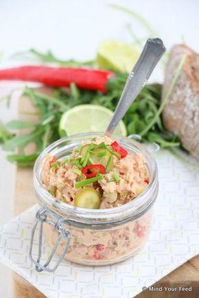pittige tonijnsalade, laat mayonaise en yoghurt weg en vervang door plantaardige kwark (Alpro Go On)