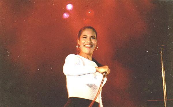 Selena Quintanilla Perez Biography