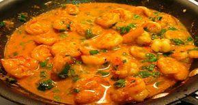 Receita de camarão tailandês :http://comidadachef.com.br/receita-de-camarao-tailandes/