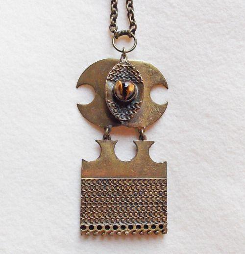 Pentti Sarpaneva for Kalevala Koru, modernist oversized bronze and tiger´s eye vintage pendant, 1960´s. #Finland | FinlandJewelry.com
