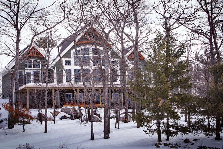 Carling Bay Cottage - Exterior - Parry Sound/Muskoka - Cedarland Homes - www.cedarlandhomes.ca