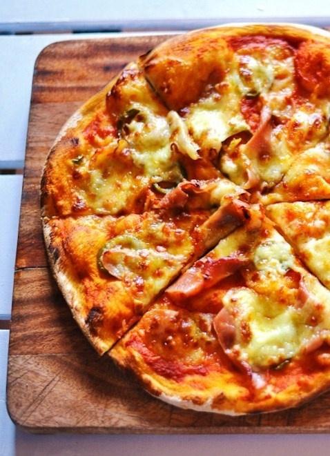 #pizza #woodoven_pizza #speck_bacon #bacon #jalapenos #Hoohaa