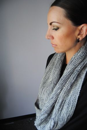 C H R O M I T E - Cowl design by Lisa Mutch -   Wrap this big, squishy cowl around your neck twice for warmth and style this winter. http://www.ravelry.com/patterns/library/chromite-cowl