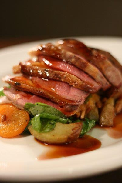 "Hidangan ""Rump of Lamb"" hanya ada di restoran bintang 5, Chapter One di Dublin, Irlandia lho.. Siapa yang mau makanan ini?"