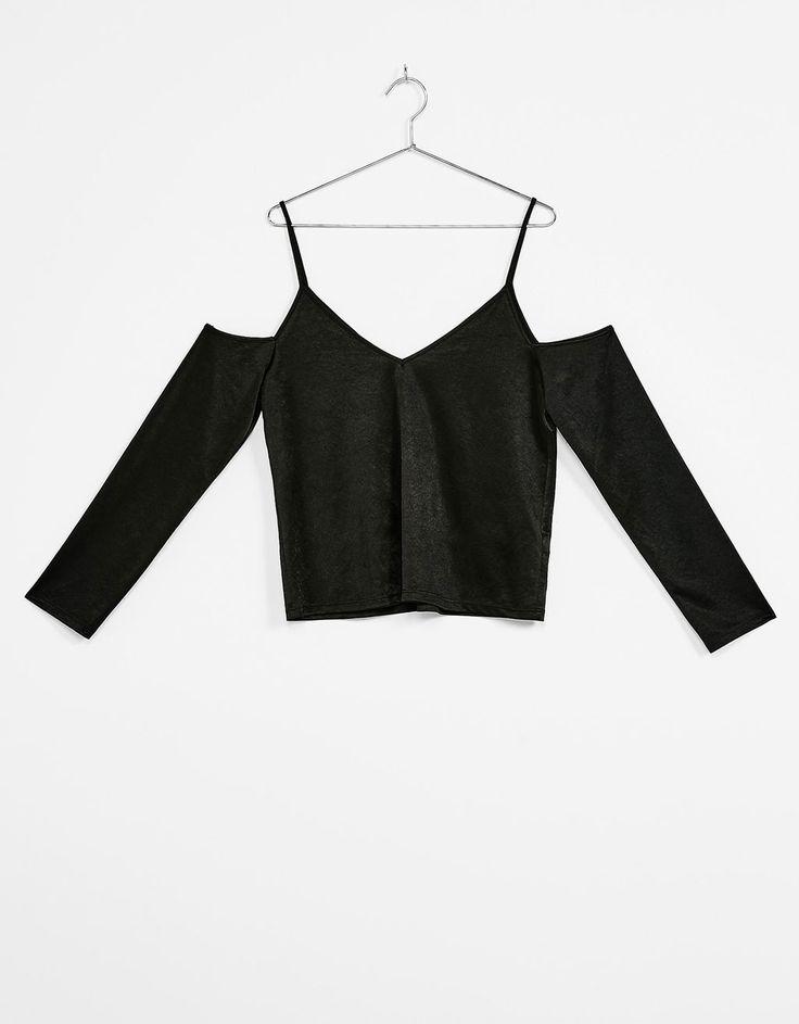 Camiseta off shoulder - Tops & Bodies - Bershka Colombia
