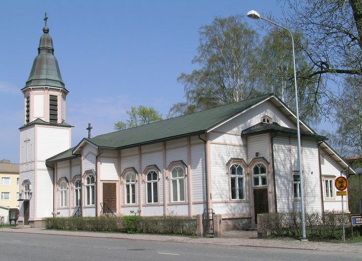 Salo Church was completed in 1894 as a chapel. It was donated to the Salo Parish in 1926, and reconstructed according to the design of Ilmari Launis. The building was dedicated as a church in 1927, and the tower was added in 1933.