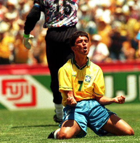 Copa de 1994 - Bebeto lamenta chance perdida em jogo que a seleção brasileira venceu a Rússia por 2 a 0