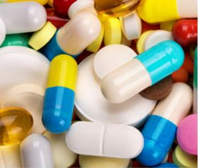 The use of antibiotics may produce some digestion issues, discomfort, nausea and sensitivity to light among some people. Some patients are sensitive to the allergic reaction to the use of sulfa, which is present in some antibiotics. Read here for more information.