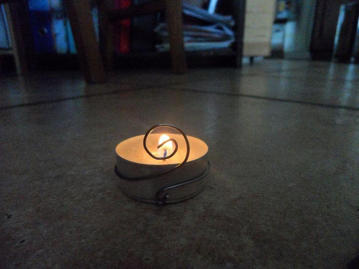 decorazione per candela in filo metallico