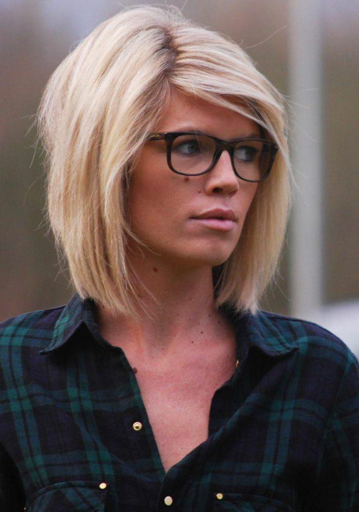 coupe de cheveux femme avec cheveux blonds