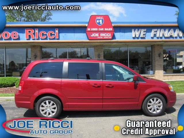 2008 Chrysler Town & Country Detroit, MI | Used Cars Loan By Phone: 313-214-2761