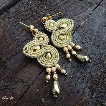 Goldie earrings #sutasz #soutache #earrings #kolczyki #gold #handmade #rekodzielo #jewelry #bijoux #orecchini #fashiongram #fashion #madeinpoland