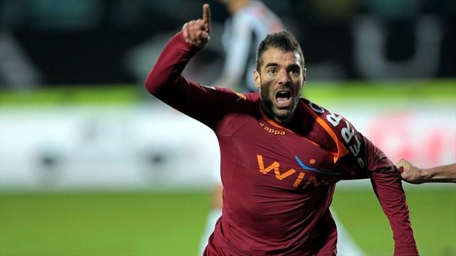Simone Perrotta (AS Roma) - Siena vs AS Roma 1-3 - Serie A 2012/2013