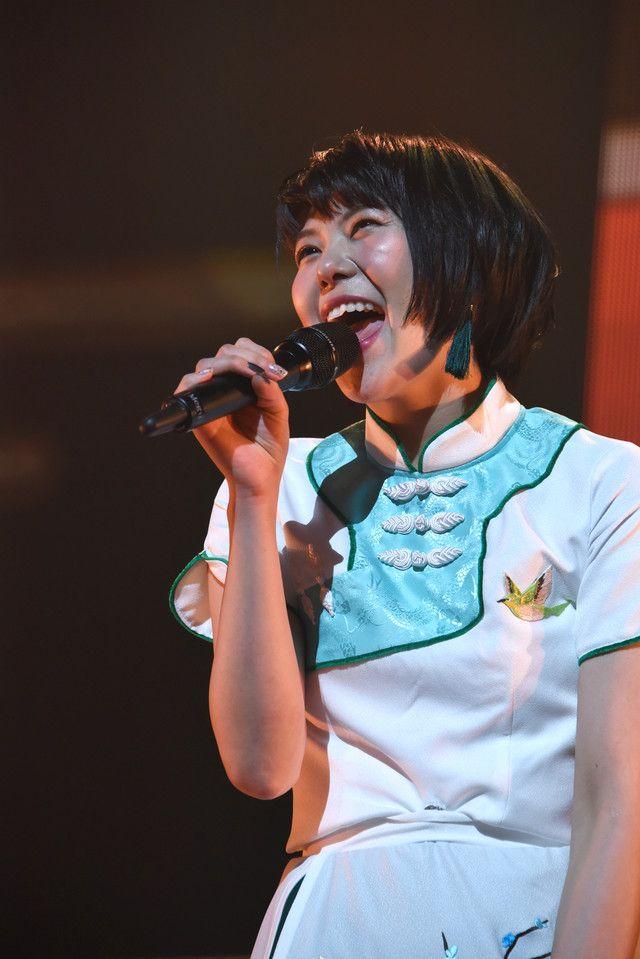仲良くなれました!エビ中ちゃんとNegicco姉さん、新春ライブで意気投合 - 音楽ナタリー