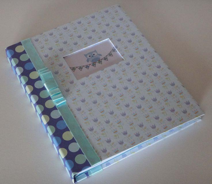 Cuaderno para escribir recuerdos en un Babyshower
