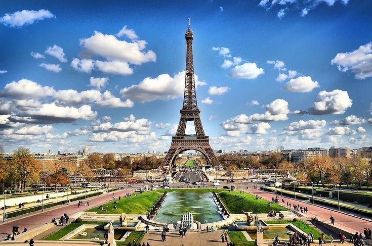 Paryż - Wieża Eiffla (Francja)