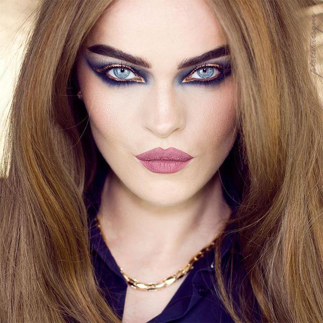 WEBSTA @ picturresque - G O L D E N  M I D N I G H T Kiko - Gel Eyeliner Black as Base Kryolan - Midnight KVD - Metall Matte VelourNYX -Oro Pearl Pigment mixed with Mehron- Mixing Liquid Make-up Factory- All in one Mascara Universal Blue LipsSola Look - Lip Fluid Depechegurl#kikocosmetics #kiko #kryolan #katvondbeauty #kvdmetalmatte #nyx #nyxcosmetics #mehron #mehronmakeup #makeupfactory #solalook #solalookxdepechegurl #визаж #mascara #makeuplover #makeupmafia #wakeupmakeup #wakeupandmakeup…