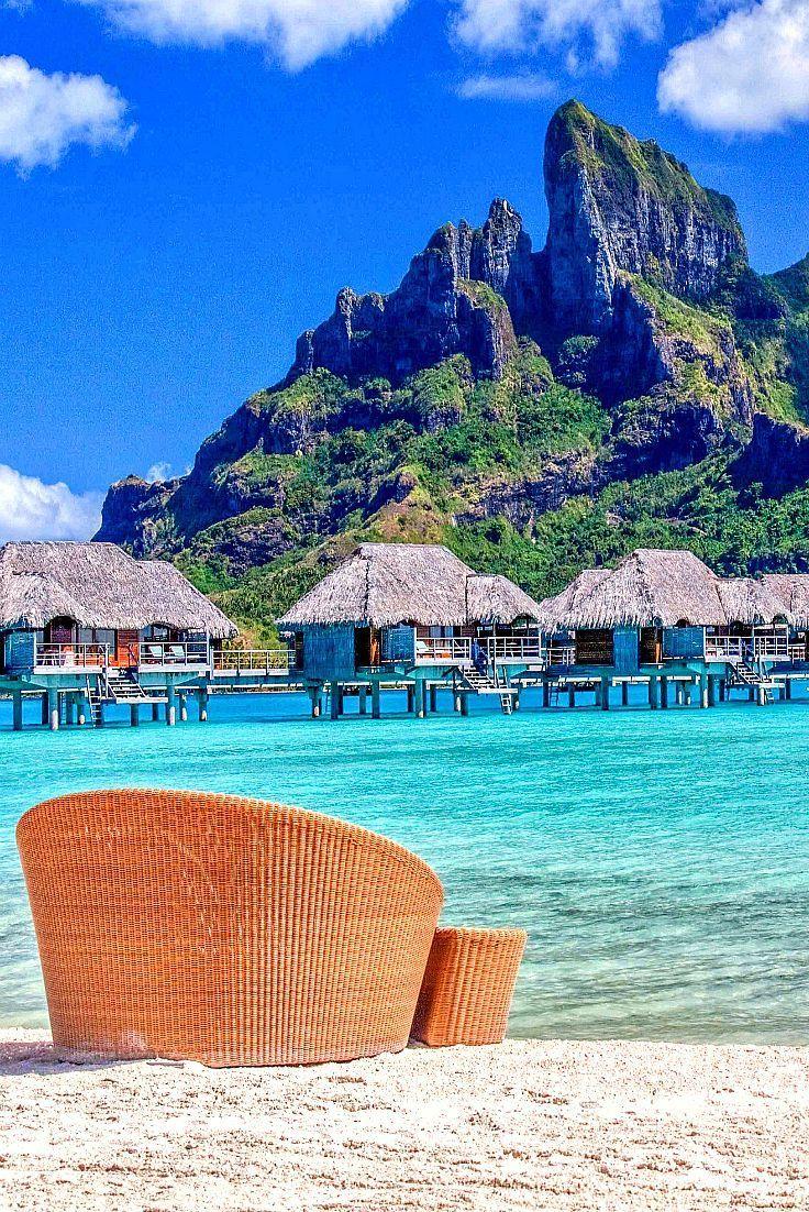 Bora Bora. Den richtigen Reisebegleiter findet ihr bei uns: https://www.profibag.de/reisegepaeck/ Foto: © A. Papp