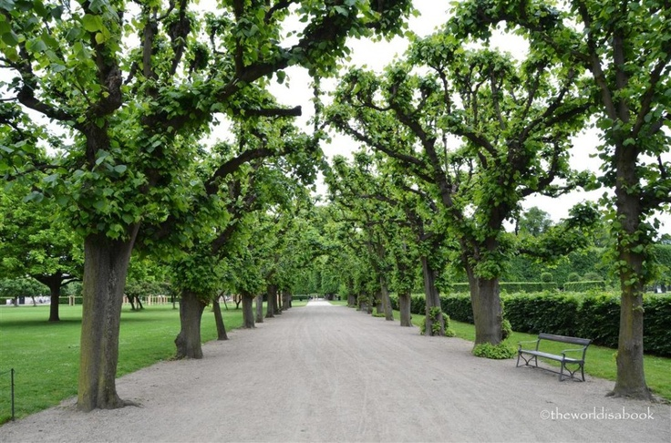 Kongens Have King's Garden - 5 Free Things to do in Copenhagen with kids | Denmark with kids