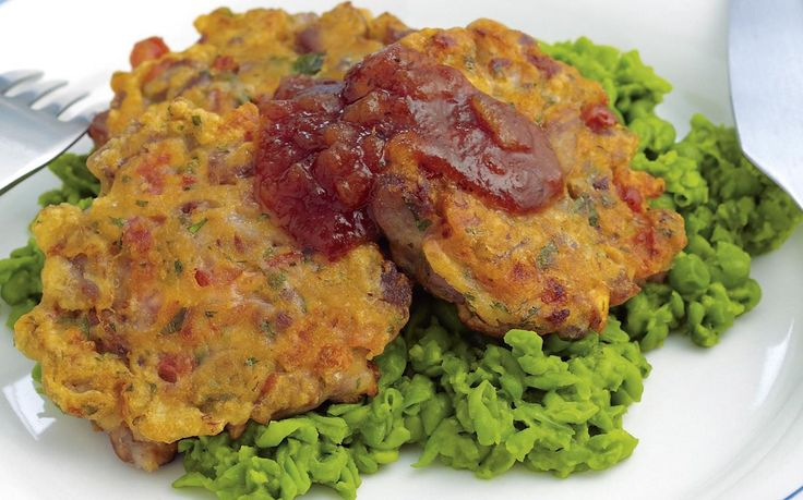 Easy to make and packed full of goodness, these tasty lamb and tomato patties are beautiful served hot on a bed of mushy peas. Pack refigerated leftovers as a nutritious on-the-go lunch.