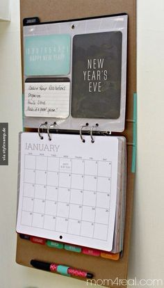 Kalenderordner! Das muss ich mir auch anlegen. Genug Platz für Essensplan, Haushaltsbuch und alle To do- Listen