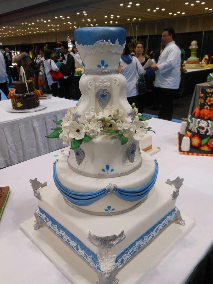 Best 25 Professional cake decorating ideas on Pinterest
