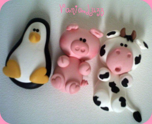 Pinguim,porco e vaquinha..... by Sonho Doce Biscuit *Vania.Luzz*, via Flickr