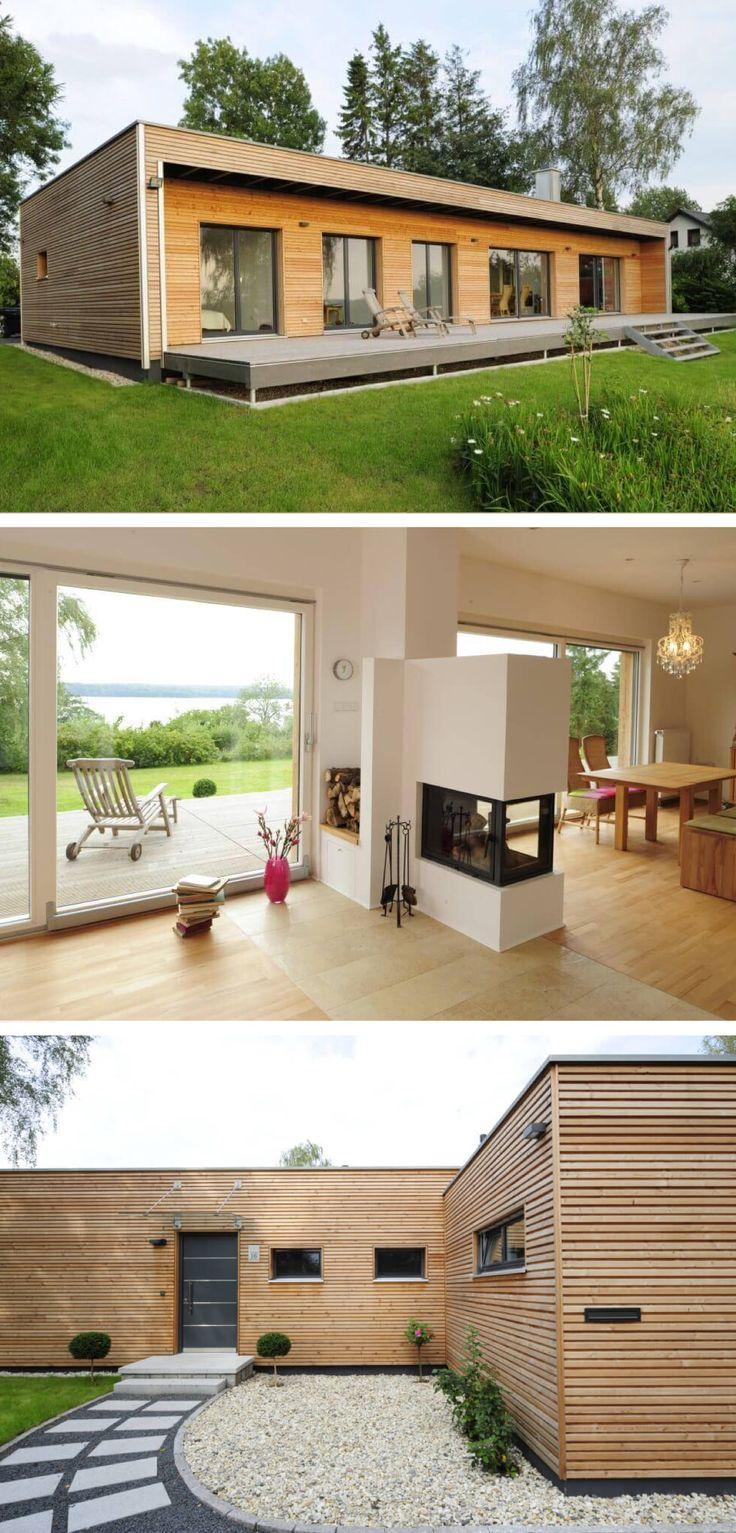 Winkelbungalow Haus Mit Flachdach Architektur Holzfassade Und Terrasse    Moderner Bungalow Baufritz Fertighaus Ideen Bauen