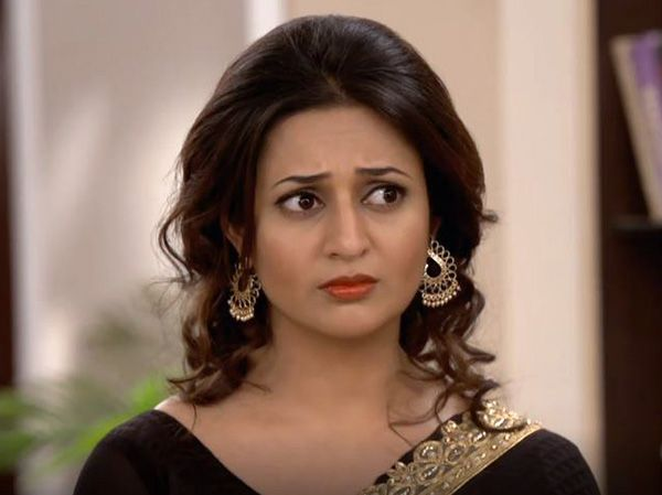 Are character or new artists slaves? Why are they ill treated on television sets?, an angry Divyanka Tripathi lashes out at… #FansnStars
