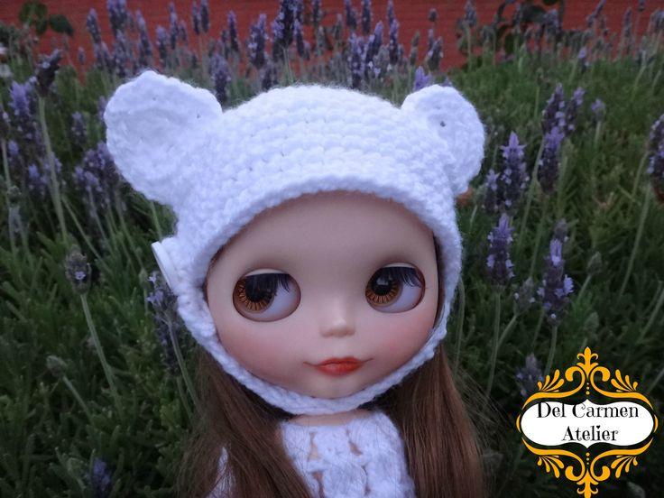 """""""Gorro osito"""" hecho en lana blanca. Precio gorrito $5.000. (Chile)"""