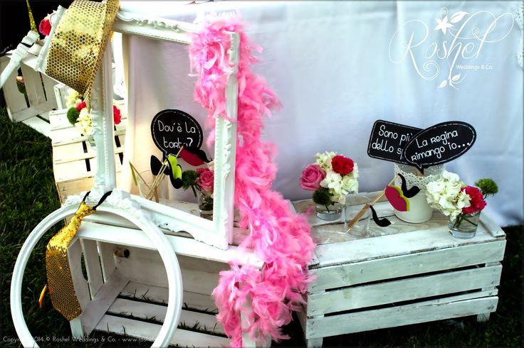 Gadget per Wedding Photo Booth di Roshel Weddings & Co.  http://roshel-weddings-and-co.blogspot.it/2015/02/l-del-photo-booth-facce-da-matrimonio.html