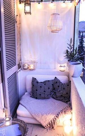 Un pequeño balcon con encanto                                                                                                                                                                                 Más