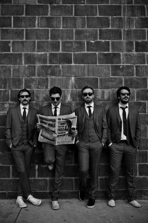 Gruppenfoto mit dem Rücken zur Wand...