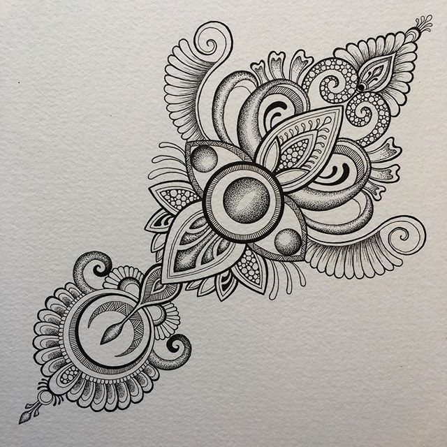 1000 images about mandalas tattoo on pinterest henna. Black Bedroom Furniture Sets. Home Design Ideas