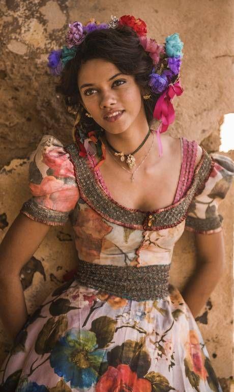 Nova novela das 21h da Globo aposta em estreantes como a baiana Marina Nery