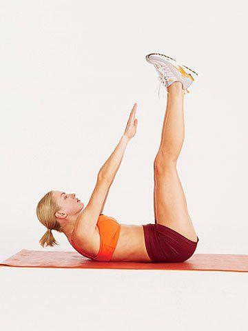 8 exercices qui aident à brûler la graisse abdominale en deux semaines. Des exercices pour vous débarrasser de la graisse abdominale.