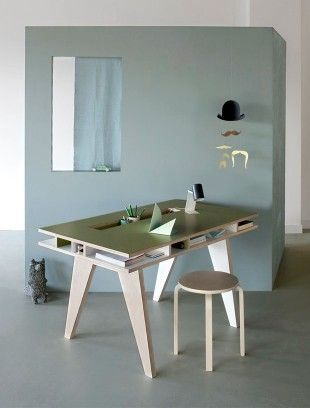 BB+++ Insekt desk +KIDS  Beautiful and functional desk for a kids room