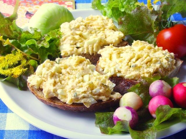 Vaječná pomazánka s bramborem
