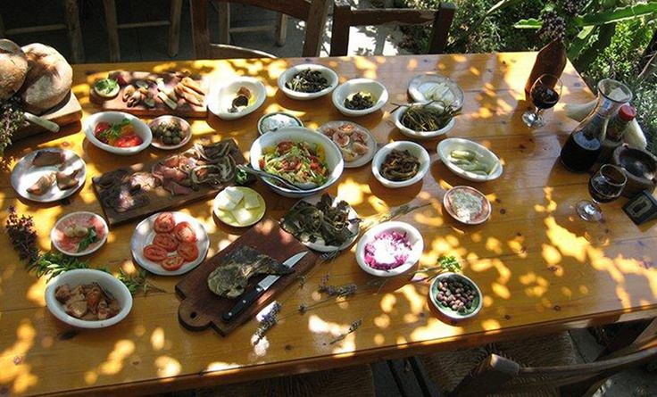 Authentic Cypriot Meze: nowhere better than 7 St Georges, Paphos #7stgeorges #cypriotmeze #paphos https://plus.google.com/+PissouribayCyp/posts/Pz1CquvTkBv