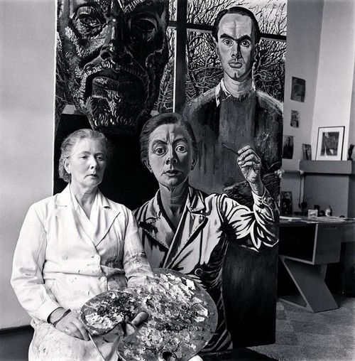 Charley Toorop in front of her self-portrait, Bergen ca 1950 -by Eva Besnyö    Interesting photographic portrait and interesting self-portrait of Charley Toorop who represent herself between the bust of the painter Jan Toorop (her father) and the painter Edgar Fernhout (her son). See this portrait