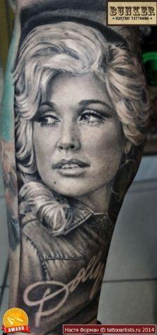 6 Dolly Parton Tattoos