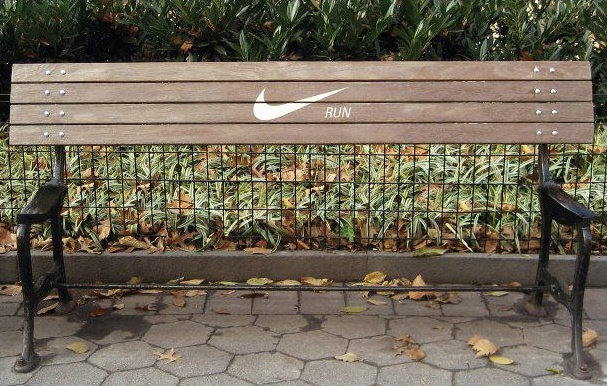 Nike Running Ad: Streetmarketing, Street Marketing, Parks Benches, Funny Commercial, Motivation Posters, Nike Running, Keep Running, Nike Ads, Design