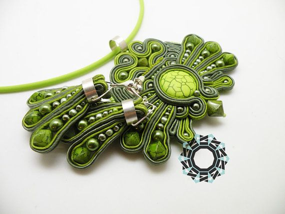 Soutache pendant and earrings by Antidotum on Etsy