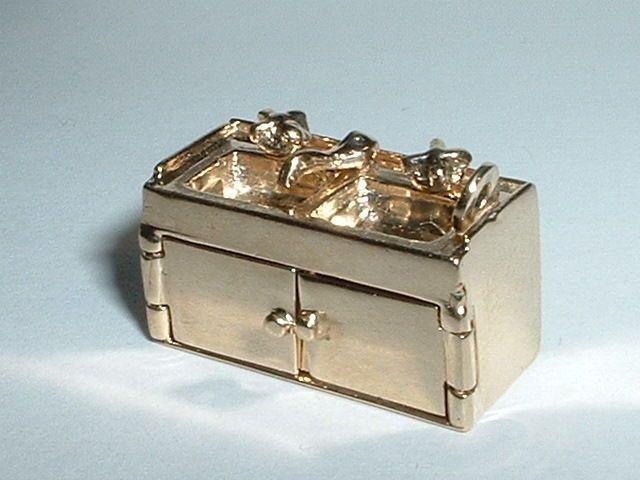 Vintage 14k Yellow Gold 3D Moveable Kitchen Sink Pendant Charm | eBay.