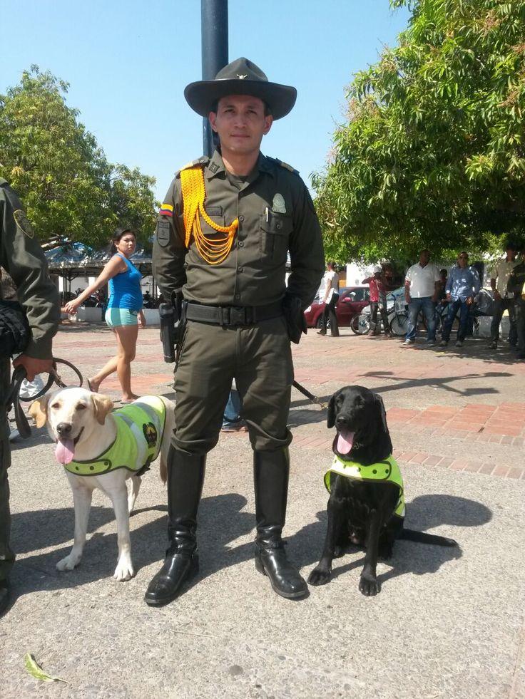 Nuestros caninos también son tus amigos!! trabajan por tu #Seguridad