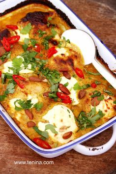 Almond Chicken Curry with Yoghurt - Cooking with Tenina