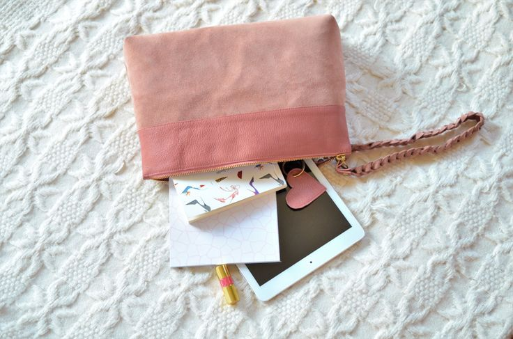 Ivy leathear pouch, leather bag, leather purse, leather pouch, leather clutch, leather zipper pouch, pink leather pouch, pink leather clutch by CirceGoods on Etsy